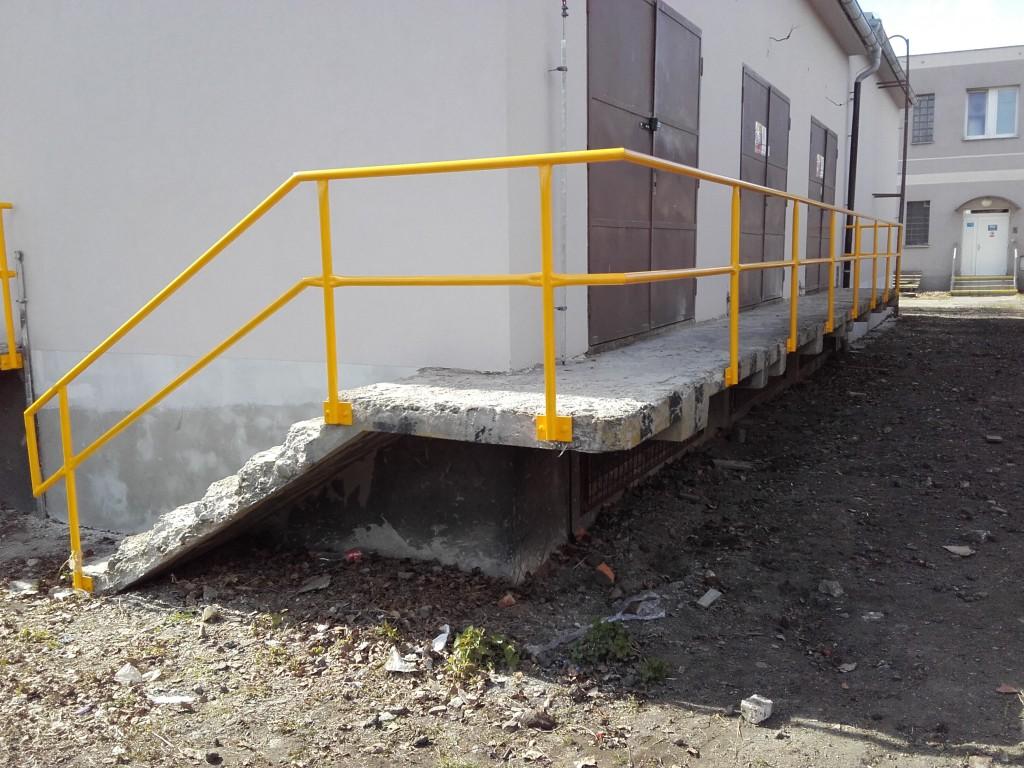 2016 nákladové nádraží, zábradlí (2)