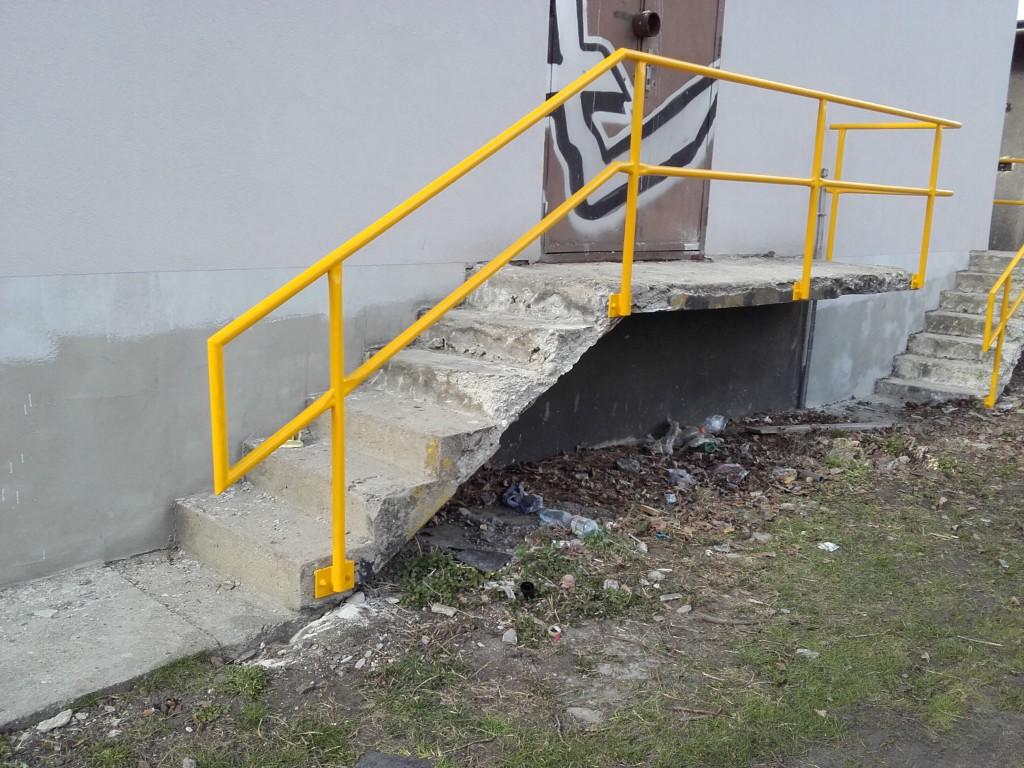 2016 nákladové nádraží, zábradlí (4)