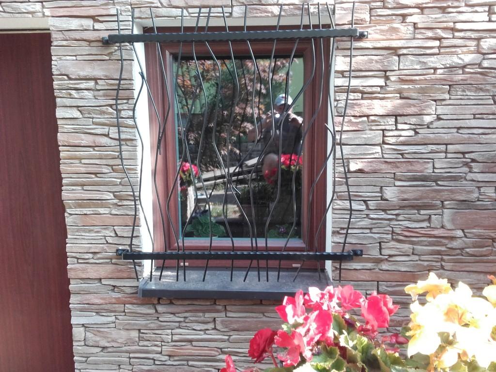 Budišovice - okenní mříž