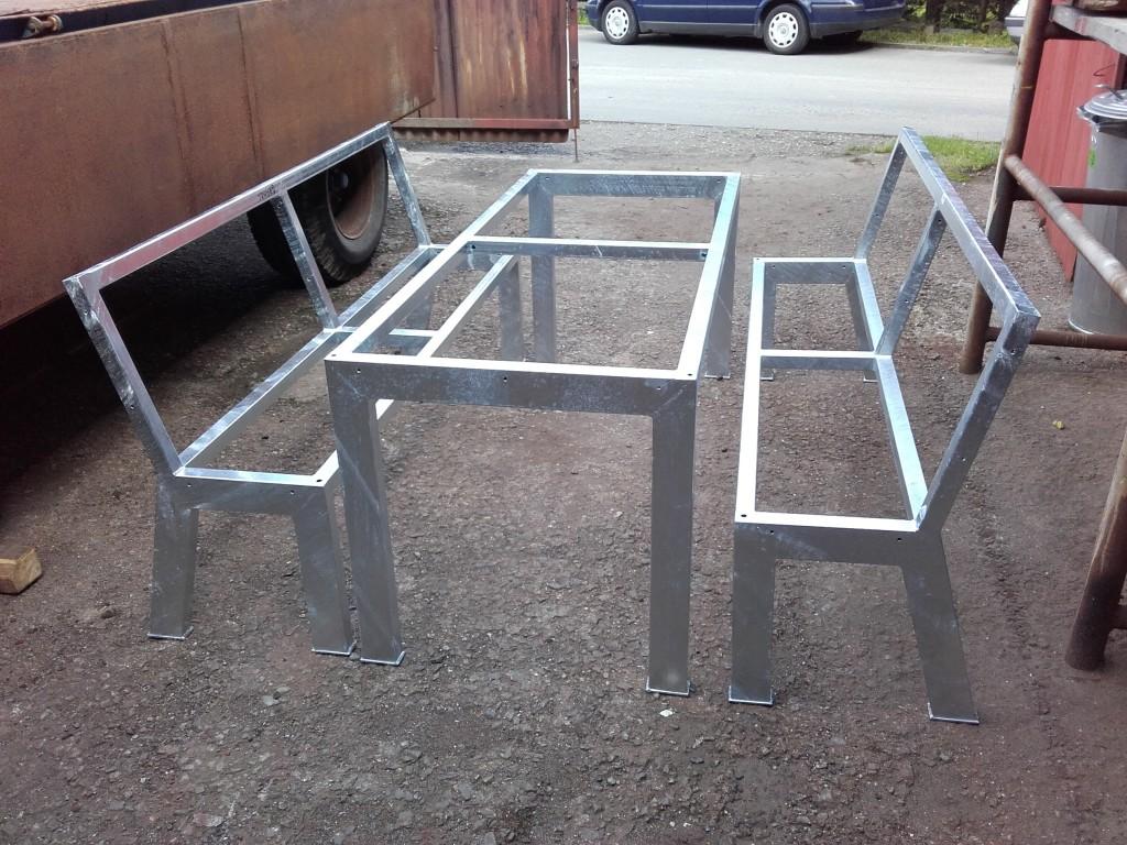 Ocelová lavička se stolem, pozinkovaná