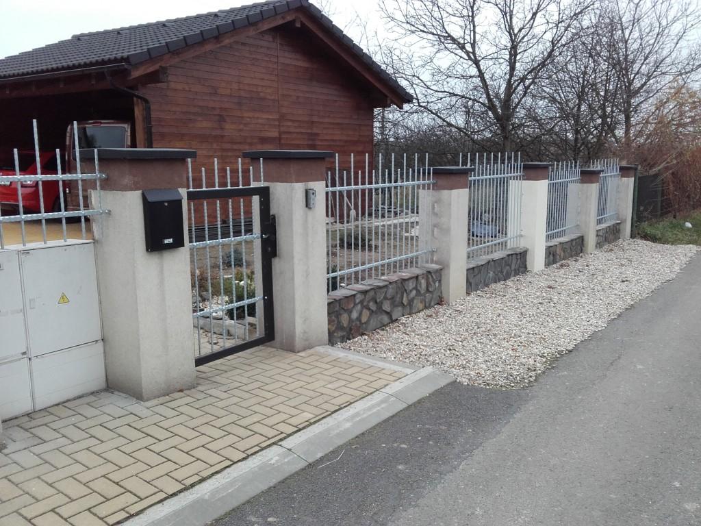 Ocelový plot Radvanice (2)