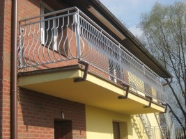 Výroba a montáž schodiště a zábradlí v rodinném domě v Havířově